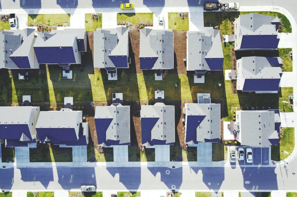 Adressen von Gebäuden mit Einwohner- und Haushaltszahlen